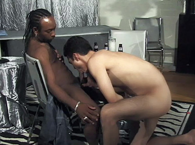 Good premium xxx site for interracial gay sex pics